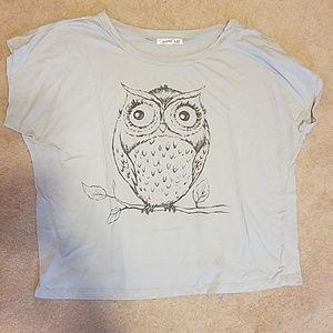 Tops - Gray owl t-shirt XL